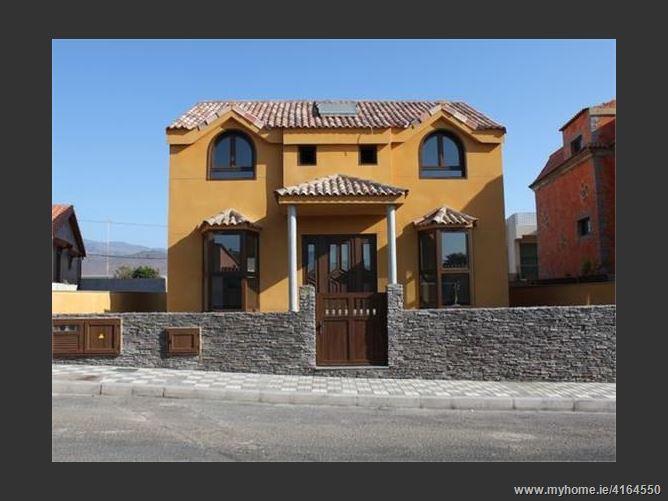Calle ISAAC PERAL, 35260, Agüimes, Spain