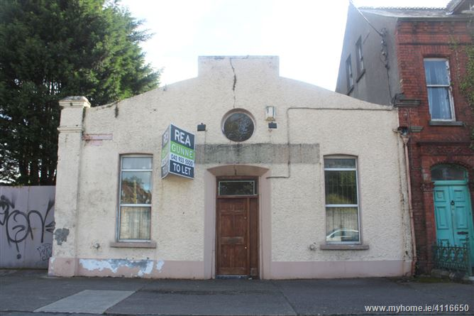 36 Castle Road, Dundalk, Louth. Retail Warehouse & Yard
