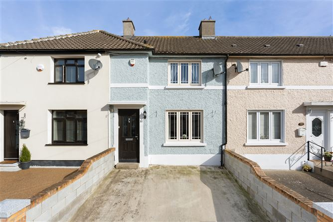 main photo for 32 Liscannor Rd, Cabra, Dublin 7
