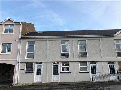 2 Merton Square, Kilkee, Clare