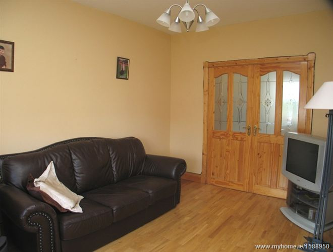 18 The Streams, Caragh, Co. Kildare