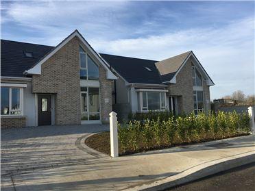 Main image of 1 Seaview Drive, Cnoc Na Mara, Blackrock, Louth