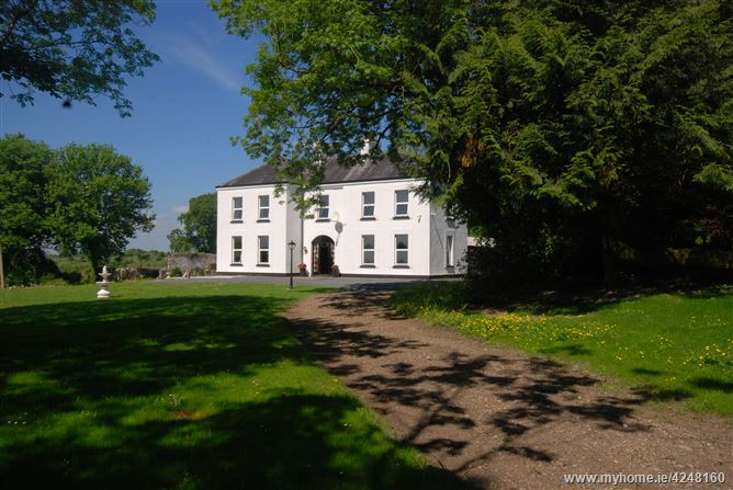 Main image for Tavraun House, Kilkelly, Kilkelly, Mayo