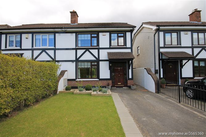 4 Woodville Lawn, Lucan, Co. Dublin