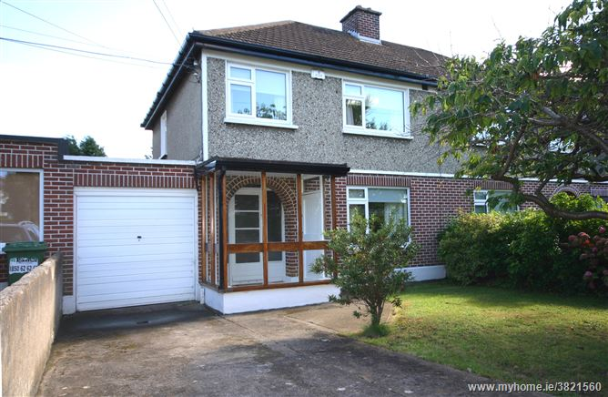 62 Johnstown Grove, Cabinteely, Dublin 18