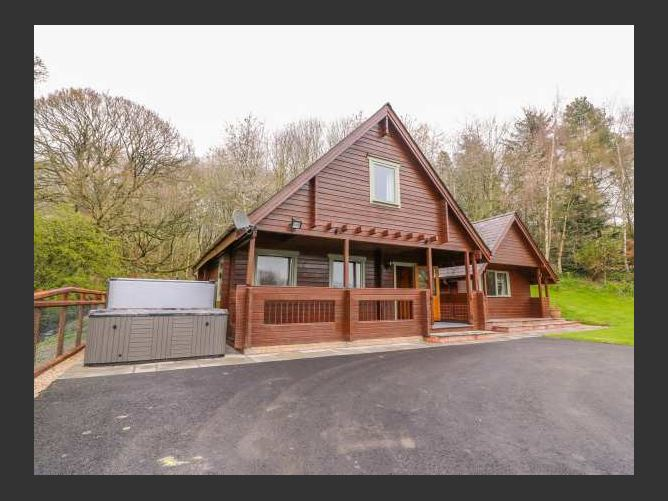 Main image for Pines Pitch, KNIGHTON, Wales