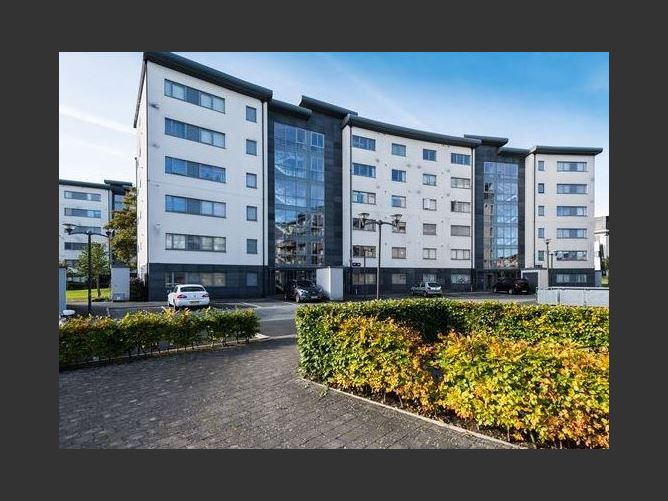 Main image for Carrington Park, Northwood, Santry, Dublin 9, D09HR96