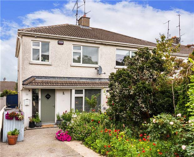 Main image for 36 Kingston Grove, Ballinteer, Dublin 16