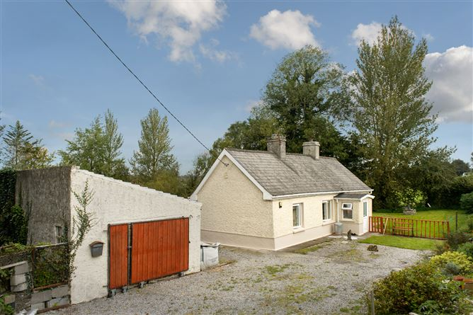 Main image for Erry, Clara, Offaly