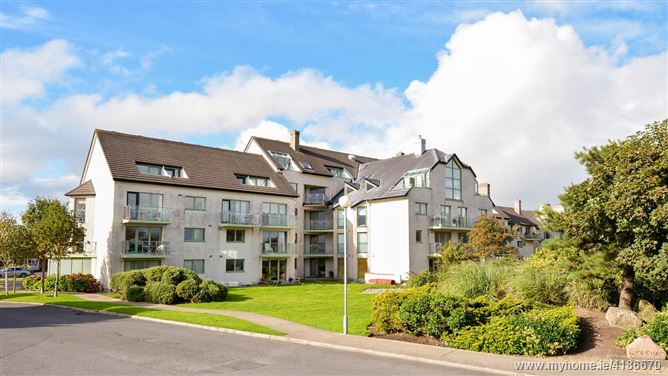 25 Aras Na Tra, Cois Cuain, Salthill,   Galway City