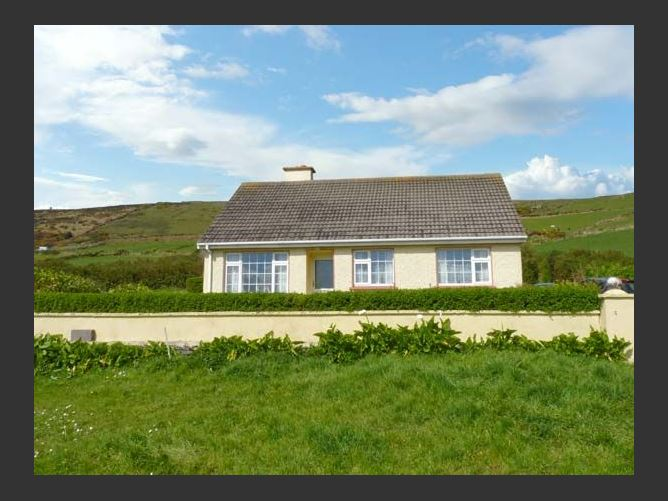 Main image for St Finian's Bay Cottage, BALLINSKELLIGS, COUNTY KERRY, Rep. of Ireland