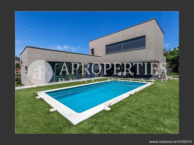 Calle, 08310, Argentona, Spain