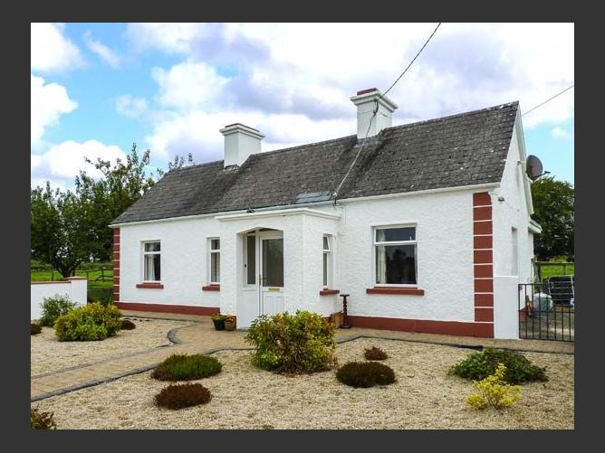 Main image for Rook Hill Cottage, NEWBRIDGE, COUNTY GALWAY, Rep. of Ireland