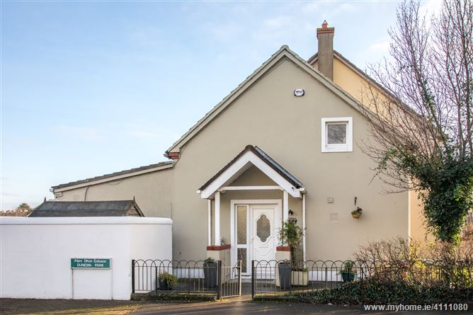 5 Dunedin Park, Monkstown, Co. Dublin