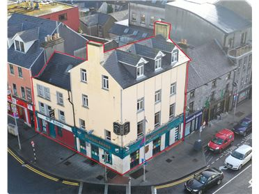 Richardson's Bar, 1 Eyre Square, City Centre, Galway City