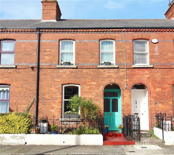 Main image for 4 Cecil Avenue, Clontarf, Dublin 3