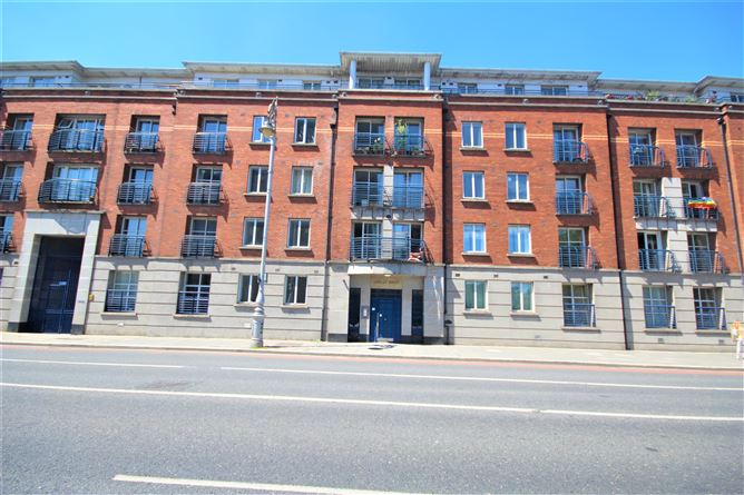 Main image for 1 Lyndsey House, Dean Court, Patrick Street, Christchurch, Dublin 8