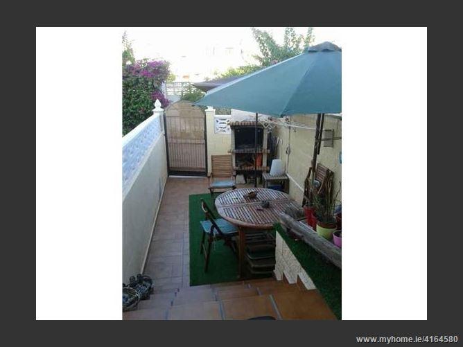 Calle, 03560, El Campello, Spain