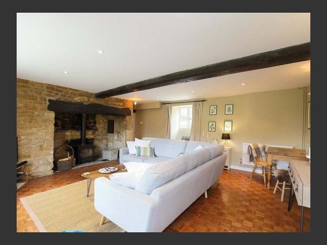 Main image for Home Farm Cottage, BARTON ON THE HEATH, United Kingdom