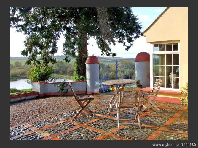 Main image for The Granary Pet,The Granary, Bride Valley Farmhouse, Lismore, County Waterford, County Waterford, Ireland