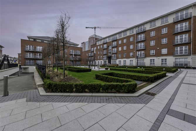 Main image for 226 The Waterside, Grand Canal Dk, Dublin 4