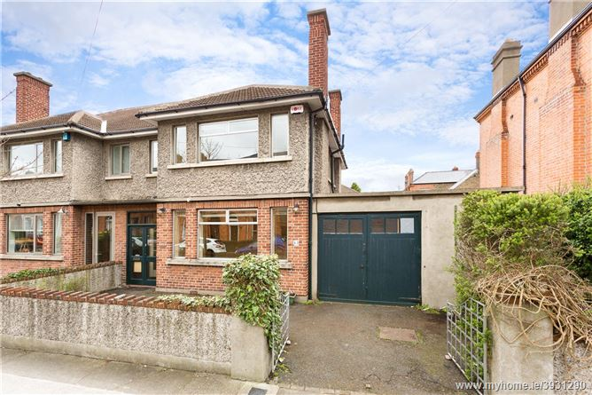 Photo of Cupertino, 13 Castlewood Park, Rathmines, Dublin 6