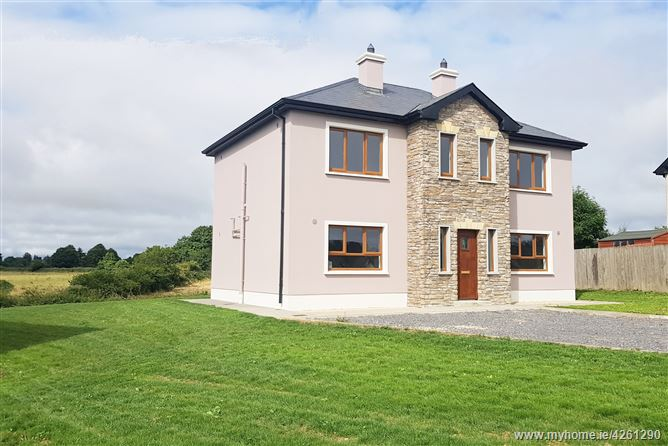 18 Orchard Grove, Elphin, Roscommon