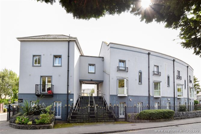 Main image for Apt 3 Crescent Green, The Crescent, City Centre, Galway City