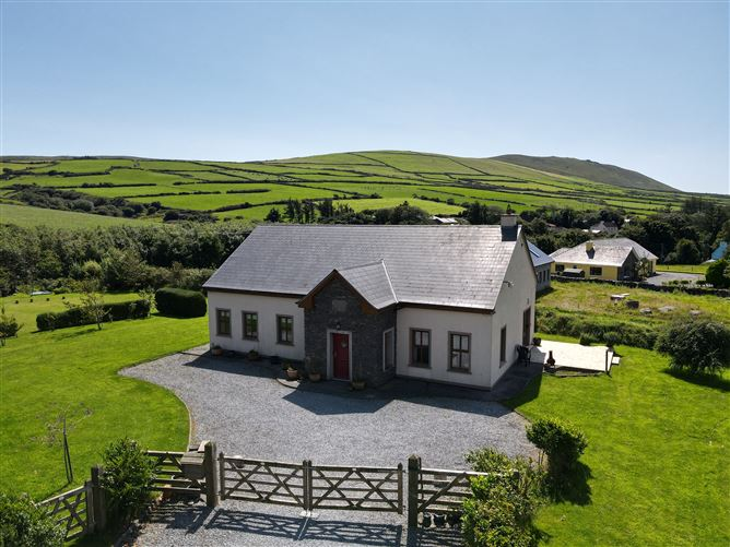 Main image for Clooncurra, Lispole, Kerry
