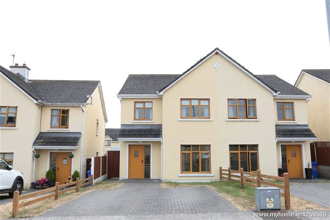 34 The Greens, Station Road, Thomastown, Co Kilkenny, R95 DT10