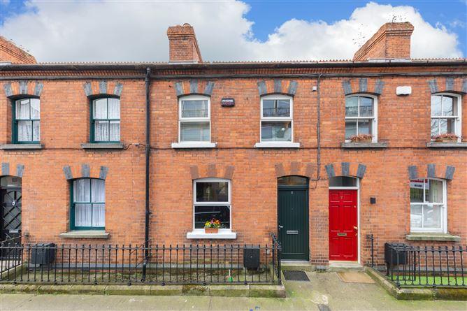 Main image for 8 Chaworth Terrace, Hanbury Lane, South City Centre - D8, Dublin 8