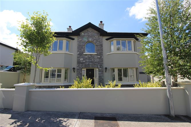 Danesbrook House, 2 Homelands, Killarney, Kerry