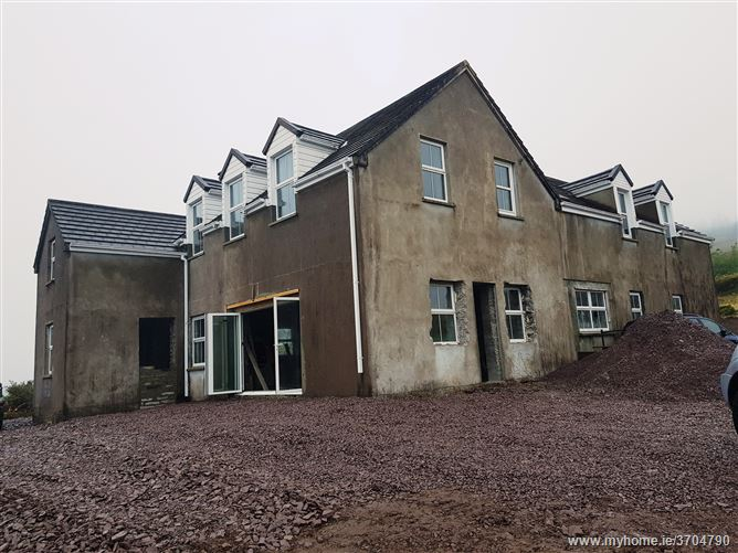 Ref 686 - Old School House, Derriana, Mastergeehy, Waterville, Kerry