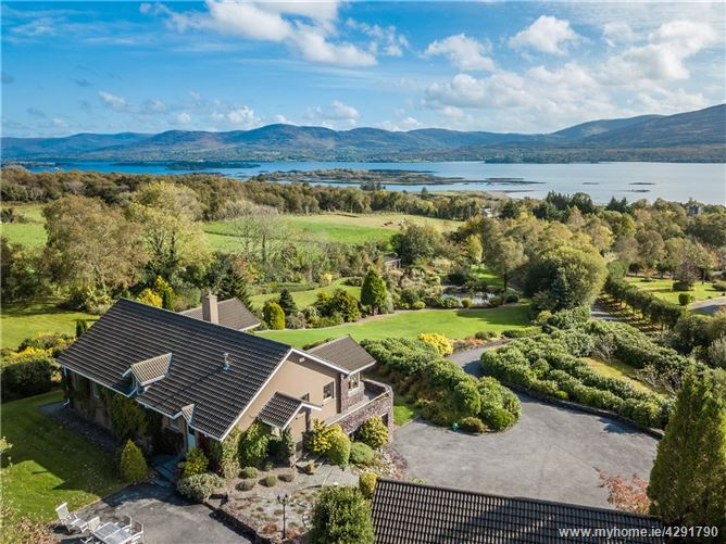 Ban Field House, Cappanacush East, Templenoe, Kenmare, Co Kerry