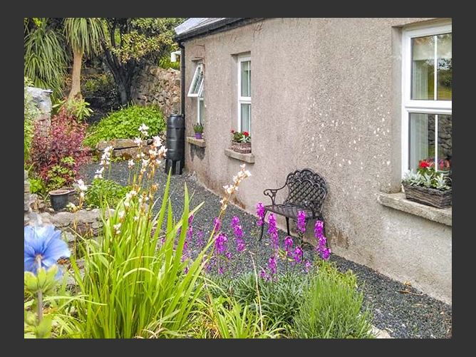 Main image for Gable Cottage, ROUNDSTONE, COUNTY GALWAY, Rep. of Ireland