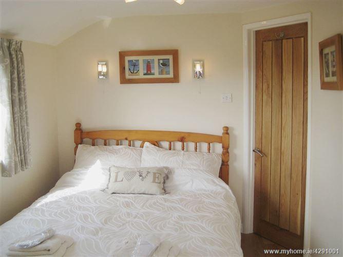 Main image for Well Cottage Apartment,Galmpton, Devon, United Kingdom