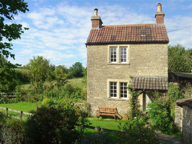 Main image for Springfield Cottage, NORTON ST PHILIP, United Kingdom