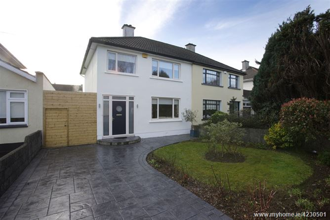 6 Woodlands , Portmarnock, County Dublin
