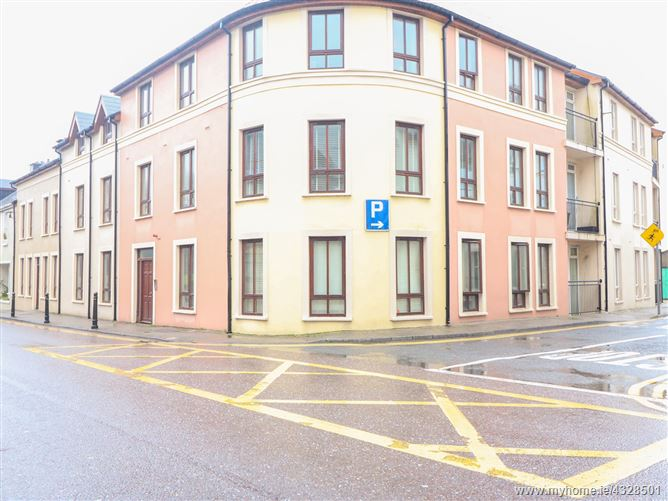 Main image for Apartment 14,Apartment 14, An Tobar, West Main Street, Caherciveen, Kerry, V23 YN44, Ireland