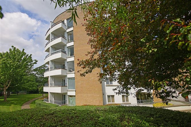 Main image for 12 Waterville Hall, Waterville Terrace, Waterville, Blanchardstown, Dublin 15, D15 W310