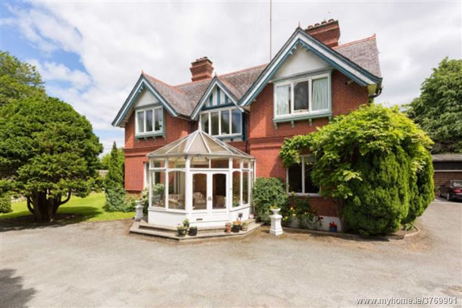 Chadsley House, Leopardstown Road, Foxrock, Dublin 18