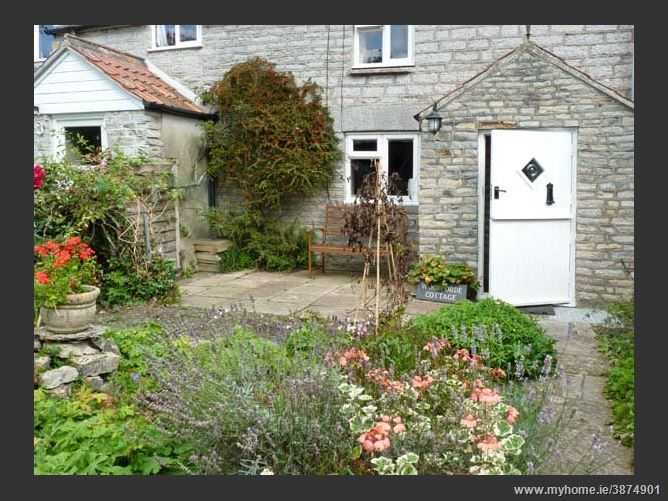 Main image for Woodforde Cottage Pet,Babcary, Somerset, United Kingdom