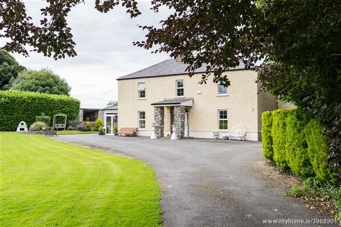 Country House on 9.3 HA/23 Acres, Clonswords, Swords, County Dublin