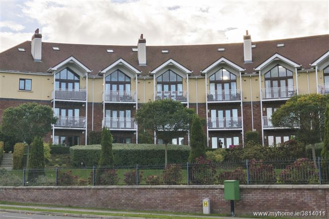 Photo of 4 The Crescent , Greystones, Wicklow