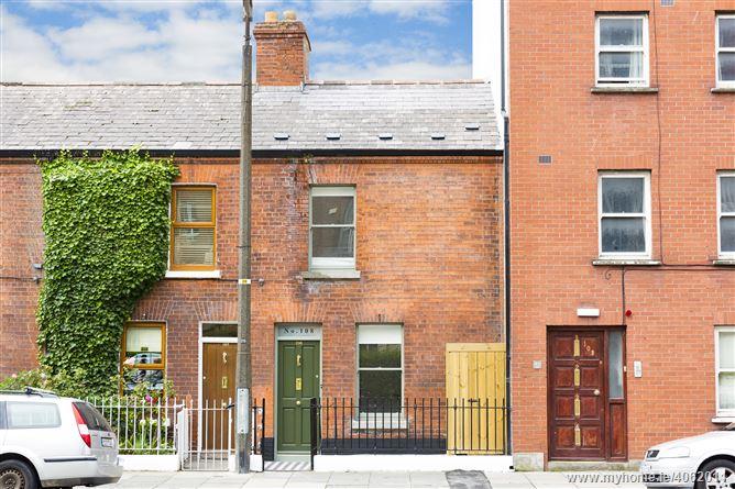 Photo of 108 Townsend Street, South City Centre,   Dublin 2