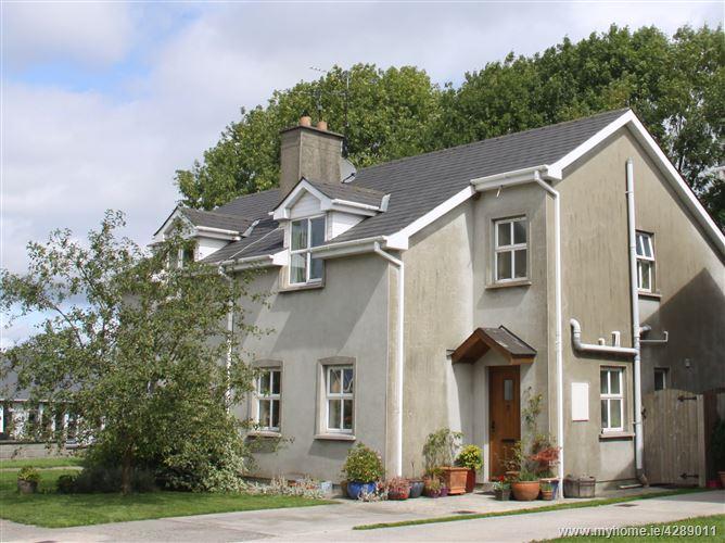 Main image for 2 Castle Lodge, Clondulane, Fermoy, Cork