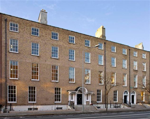 Main image for Apt 3, 18-21 Lower Mount Street, Dublin 2, Dublin