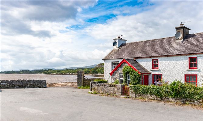 Main image for 5 Pier Cottages, Pier Road, Kenmare, Co. Kerry