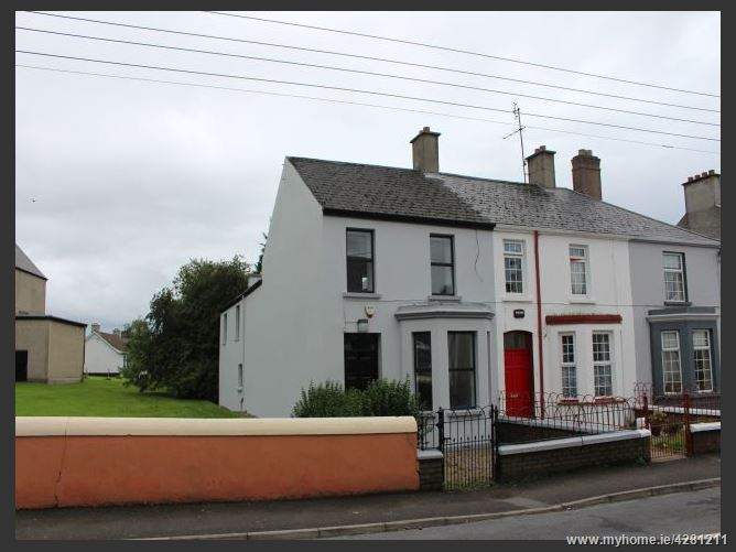 1 Castle Avenue , Buncrana, Donegal