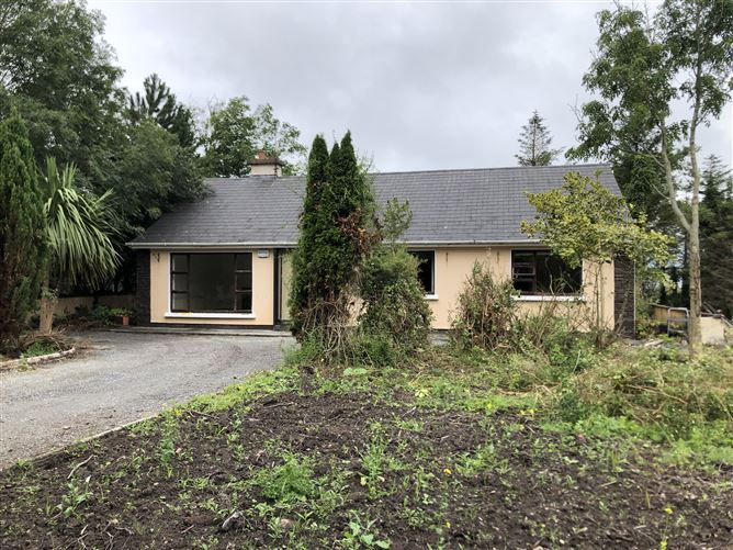Main image for Curragh Cottage Curraheen, Tralee, Kerry